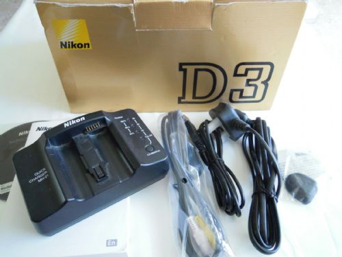 NIKON QUICK CHARGER MH-21 WITH D3 BOX AND MANUAL